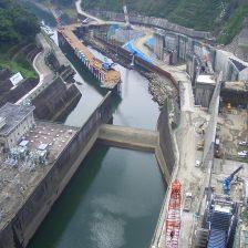 鶴田ダムの画像
